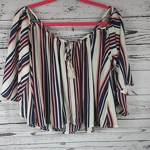 Socialite cold shoulder stripped top size xs